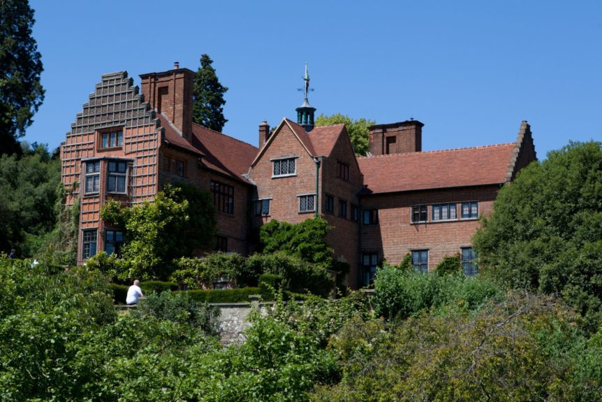 Chartwell house on a lovely sunny day